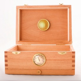 Caja curado de cedro rojo 00 Box pequeña 17 x 24